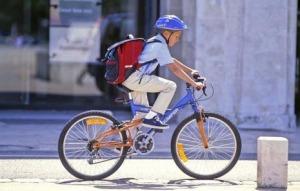 enfant-à-vélo
